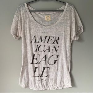 American Eagle White/Grey Tee • L
